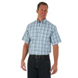 RWS43GN Men's Wrangler Rugged Wear Plaid Short Sleeve Shirt